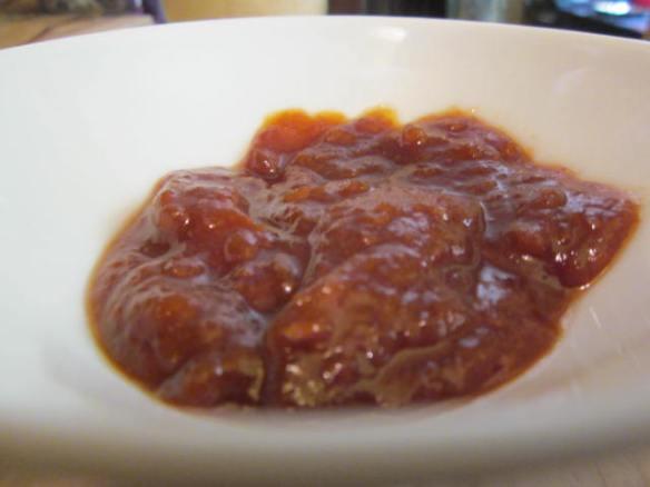 Loquat in bowl